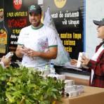 Distribuição de Mudas: Faça Parte da Paisagem 2012