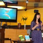 """Andrea Vialli, autora de """"O azul da Mata Atlântica"""""""