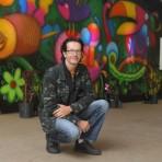 O artista Alexandre Filiage e sua obra