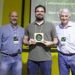 Marcos Rosa, da Arcplan (centro), com Roberto Klabin (esq.) e Pedro Passos (dir.).Foto: William Lucas-Inovafoto/SOS Mata Atlântica