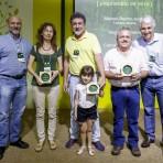 Homenageados Manoel Rainho, Regina Monserra e Carlos Sotillo, com Klabin e Passos. Foto: William Lucas-Inovafoto/SOS Mata Atlântica